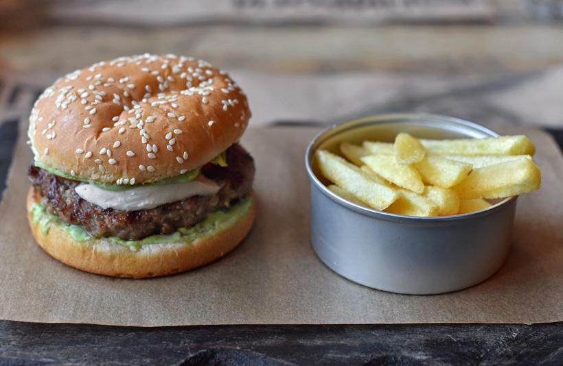 Moscow - Pirogi Vino i Gus - Goose Burger