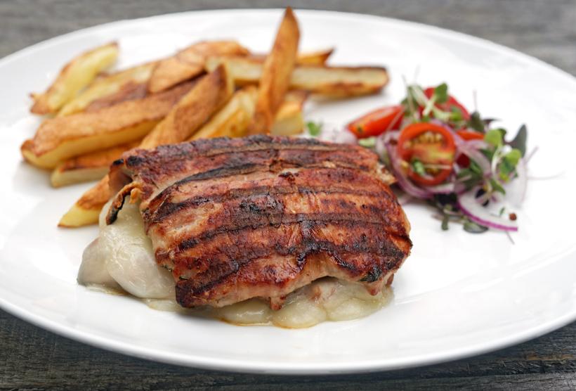 Montenegrin Cuisine - Njeguški Stek