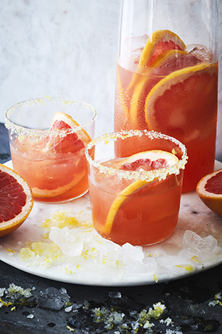 Pink Grapefruit Margarita. Cooking with Salt. Recipes, foodstyling, styling & photography by Manja Wachsmuth