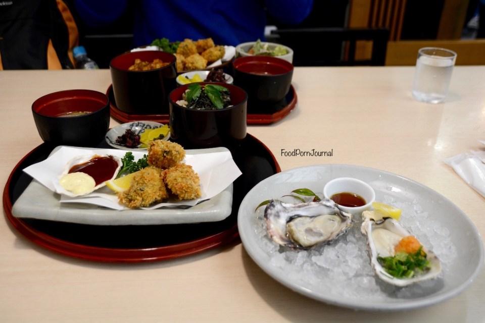 Japan Miyajima Island oysters Yakigaki