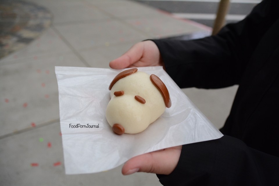 Osaka Japan Universal Stuidos snoopy steamed bun