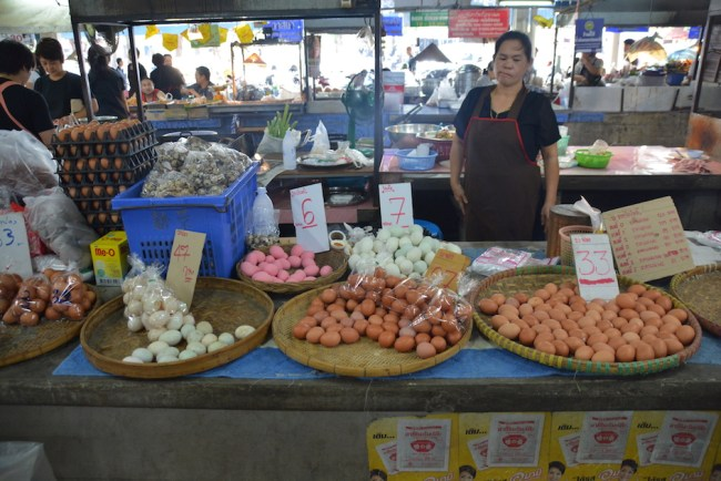 Chiang Mai South Gate Markets eggs