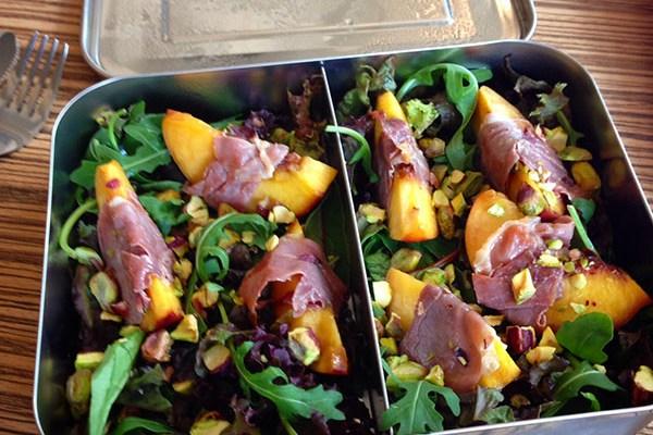 nectarine en prosciutto salade