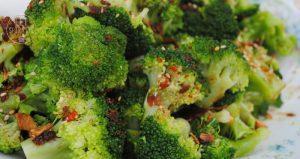broccoli met sojadressing