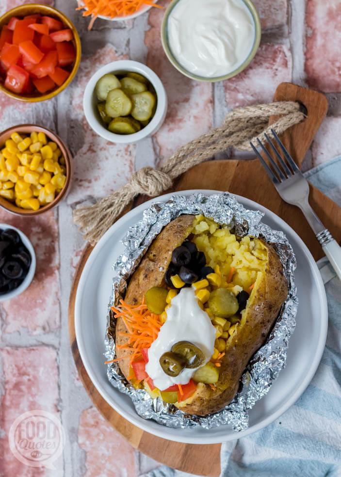 Kumpir - Turkse gevulde gepofte aardappel