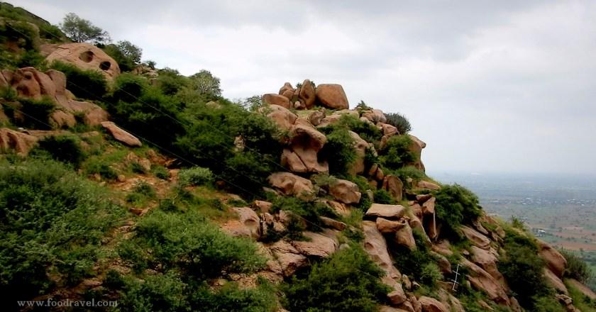 Dhosi Hill – An Extinct Volcano & A Forgotten Treasure