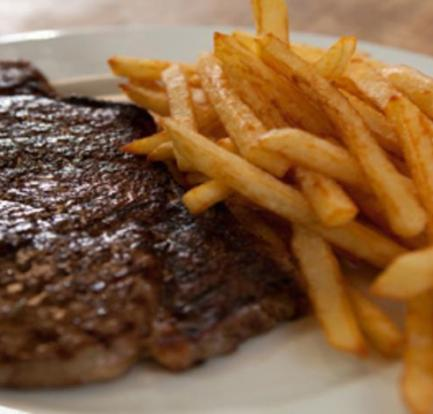 Steak and perfectly cooked chips – Recipe 9