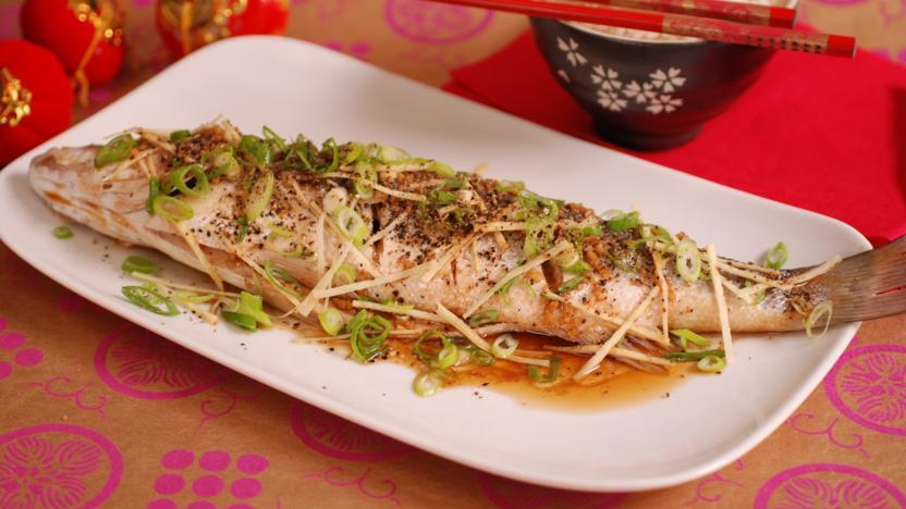Steamed Cantonese-style fish with spicy noodles – Recipe 1
