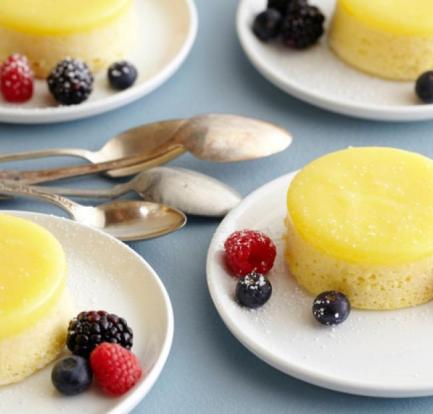 Steamed lemon sponge puddings with custard – Recipe 1