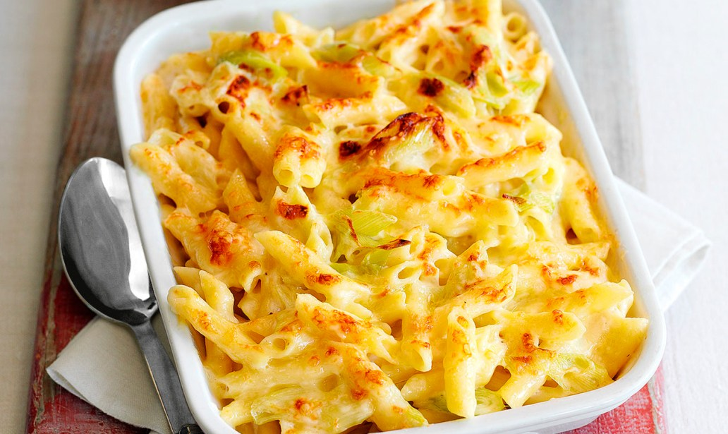 Macaroni cheese with leeks food recipes
