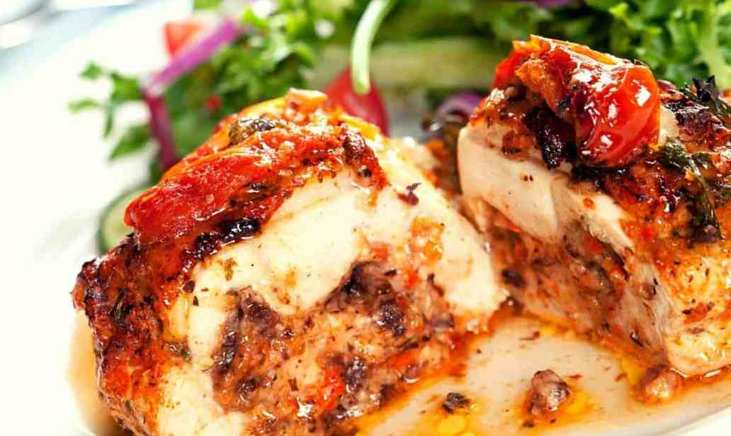 Succulent and flavorful stuffed chicken breasts 1