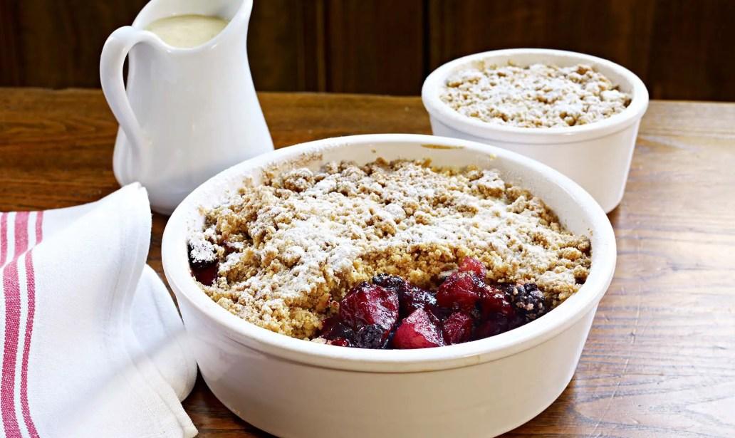 Apple and blackberry crumble – Recipe 1