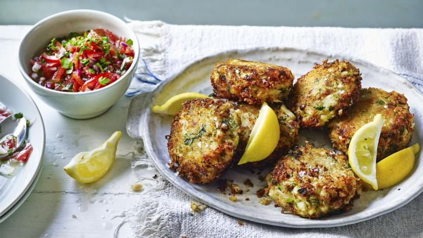 fish cakes with tomato salsa