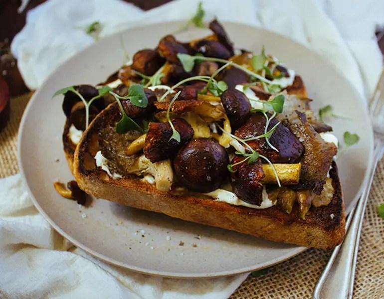 Garlic roasted mushroom on toast – Recipe 1
