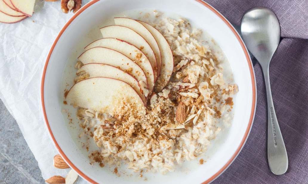 Overnight oats with apple and nuts – Recipe