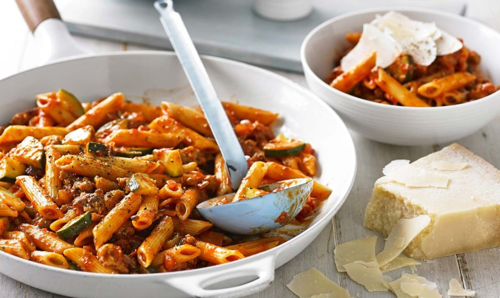 This is how to make Sausage Bolognese – Recipe 1