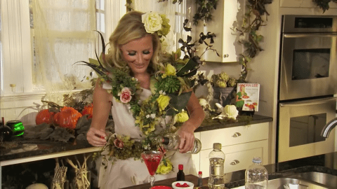 Sandra Lee makes her Eyeball Highball in something other than a highball glass.