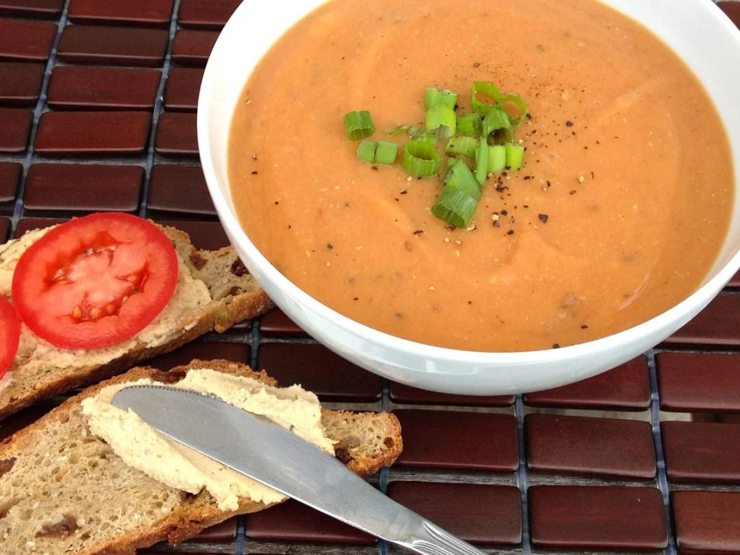 小茴香和蒔蘿番茄小扁豆湯