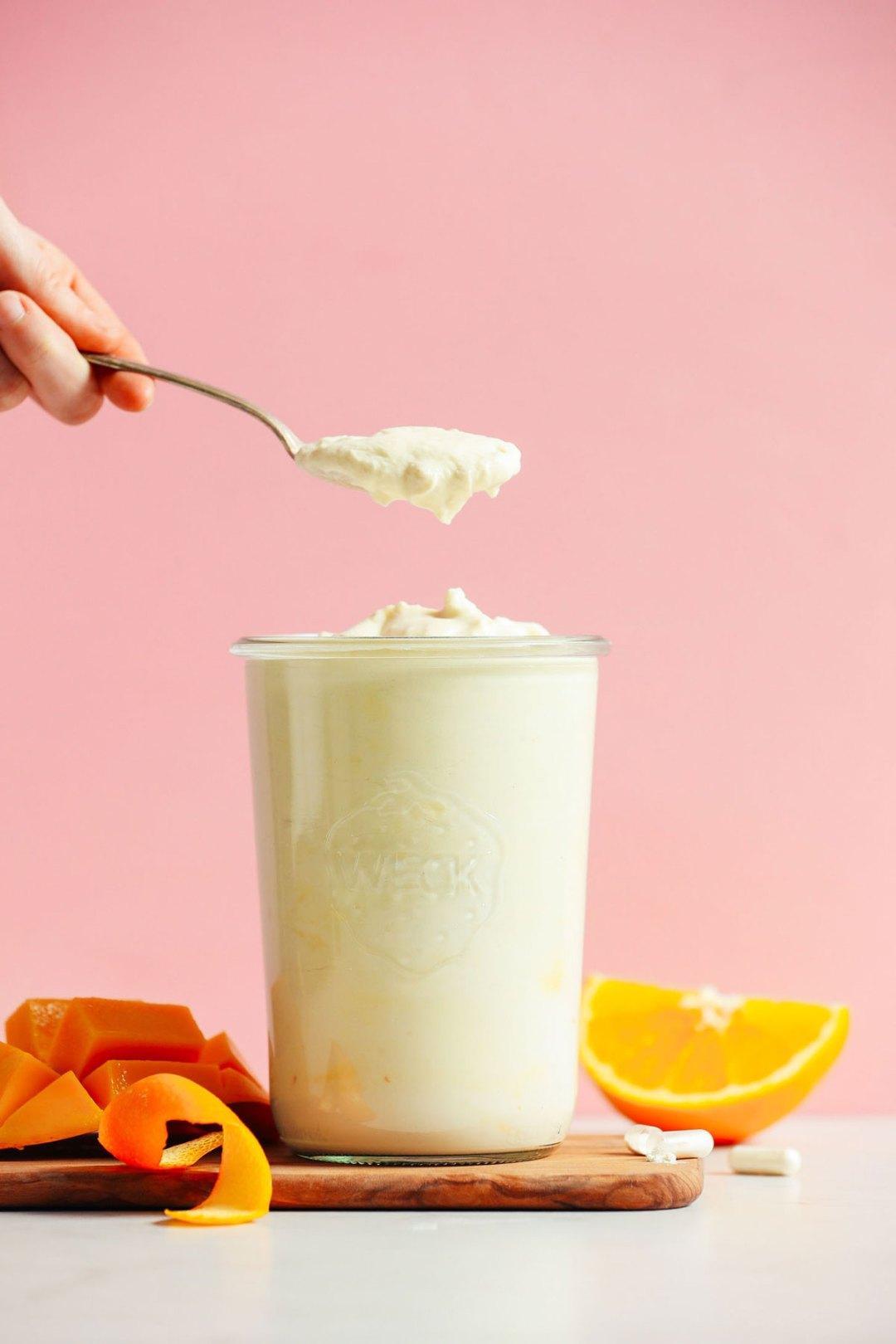 芒果椰子酸奶