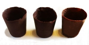 chocolate cups out of dixie cups