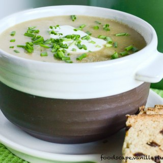 simple potato leek soup #vegan