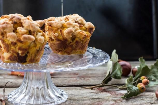 Pumpkin French Toast Muffins mit Streusel