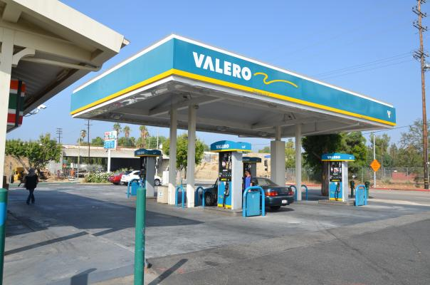 List of Gas Stations that Accept EBT in Los Angeles