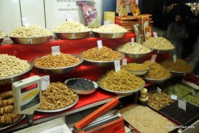 Tour of spice market