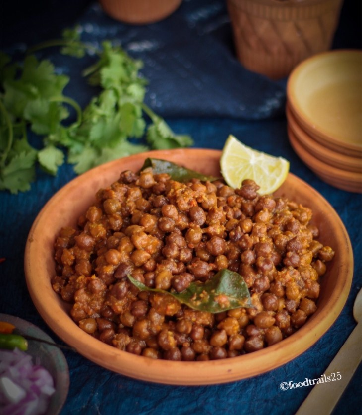 Kala Chana Googhani