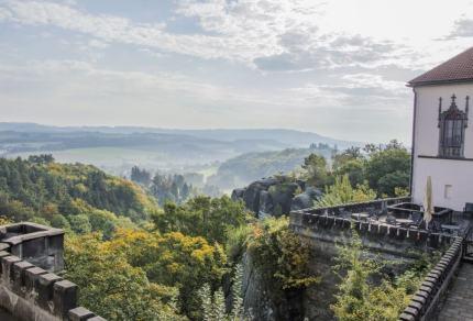 Bijzonder overnachten in Tsjechië: van kasteel tot boomhut