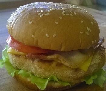 Бургер с курицей от фудтрака Котик бутербродик.