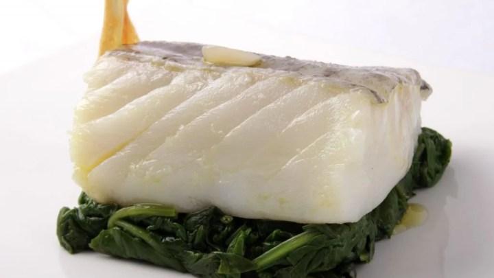 Confited cod with garlic - foodVAC