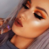 Hip metallic eyeshadows to rock your eyes