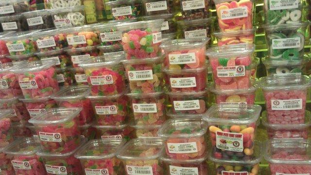 Alien Fresh Jerky Hot Gummy candies. Photo: Foodwanderer