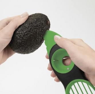 OXO Good Grips 3-in-1 Avocado Slicer 3