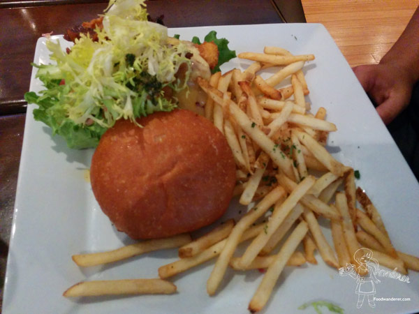 Karl Strauss Burger