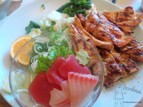 Taiko Restaurant Sashimi and Grilled Chicken lunch combo