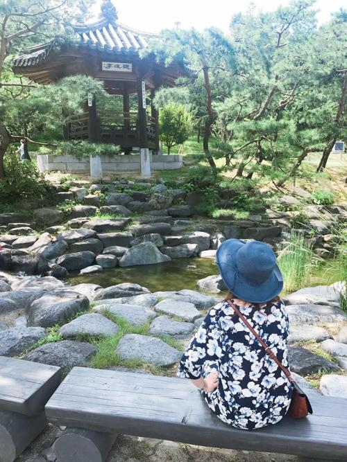 Namsangol Hanok Village - Peaceful streams and nature