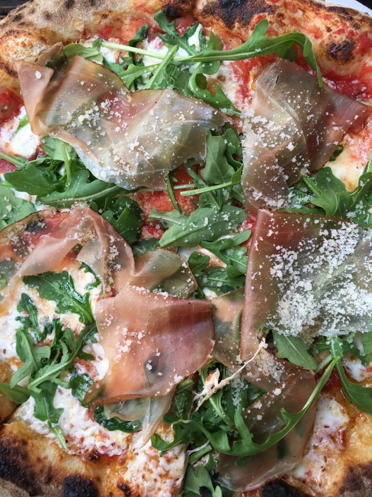 Proscuitto and arugula pizza | summer entertaining by foodwithaview.com