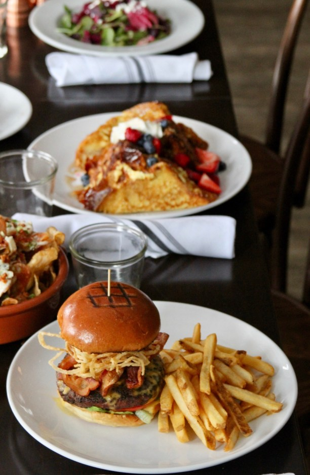 Burgers and Fries and French Toast for Brunch | The Hills Tavern in Millburn NJ | foodwithaview.com