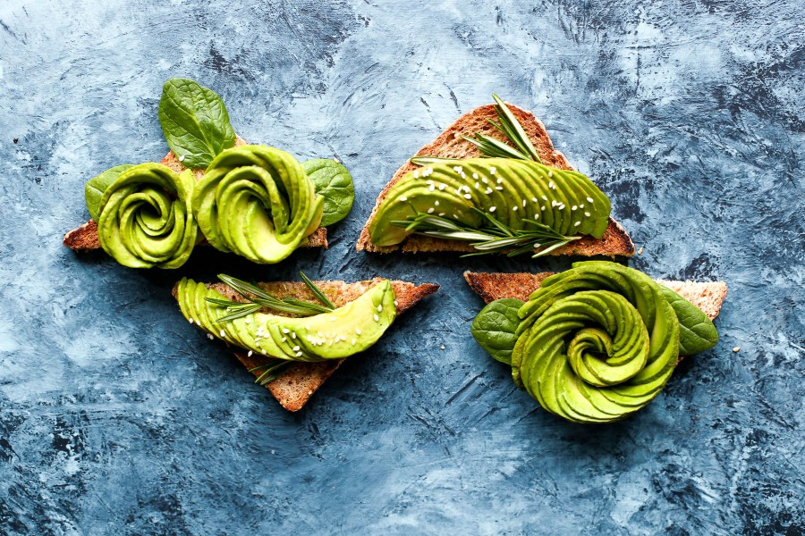 Pretty swirled avocado toast | How a food blogger really eats | foodwithaview.com