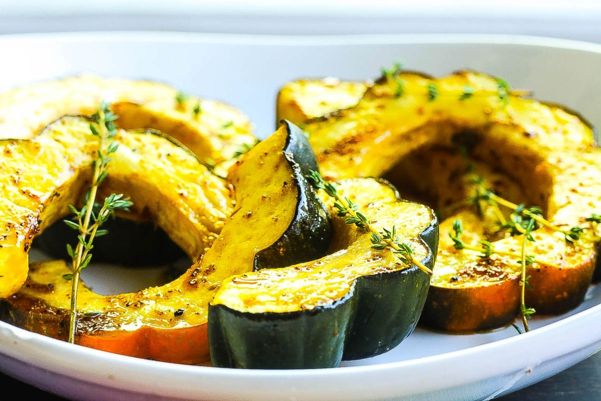 Roasted Acorn Squash with Honey and Ancho Chili Glaze | Photo and Recipe by Food Fidelity | Holiday Food and Wine Pairings and Holiday Wine Gifts | foodwithaview.com