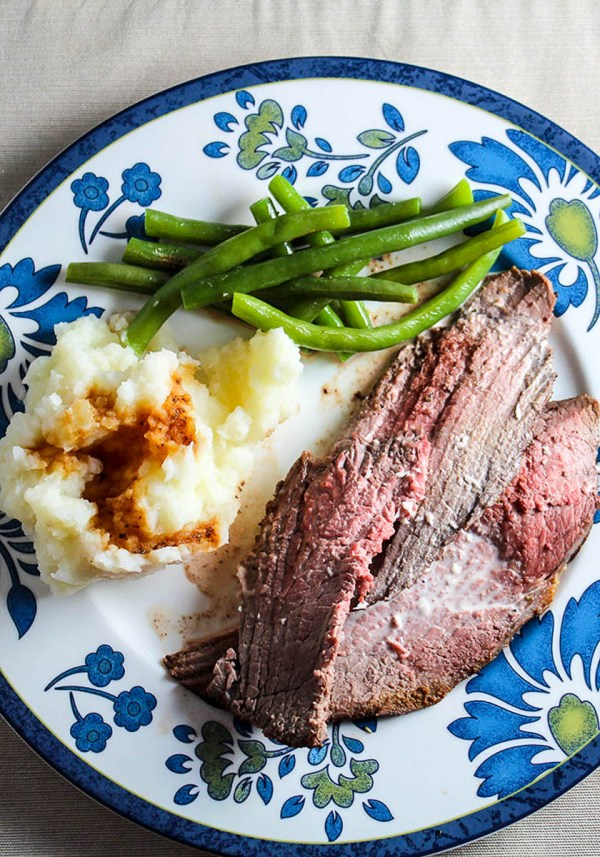 Spoon Roast with Horseradish Cream for Dinner | Recipe and photo by CookingChatFood | Holiday Food and Wine Pairings and Holiday Wine Gifts | foodwithaview.com