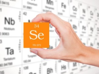 Selenium, part of the Periodic Table. Atomic number 34.