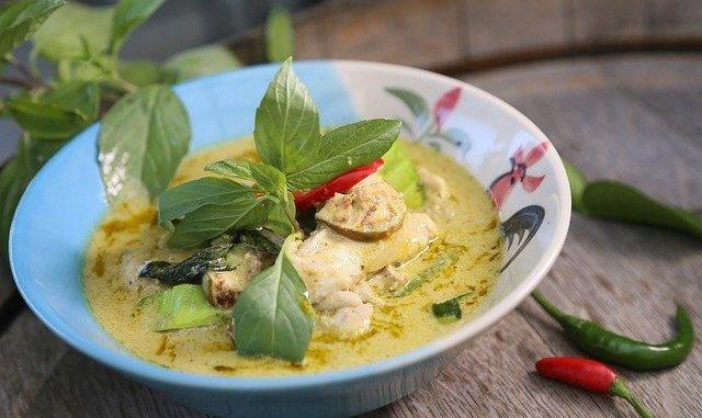 Thai green curry in a bowl.