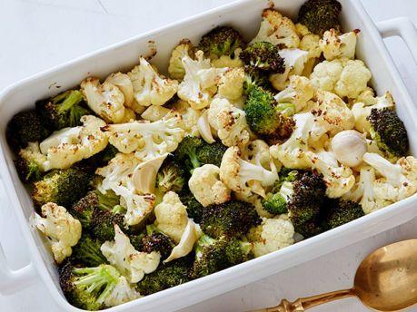 EK0209_roasted-cauliflower-and-broccoli_s4x3.jpg.rend.sniipadlarge.jpeg