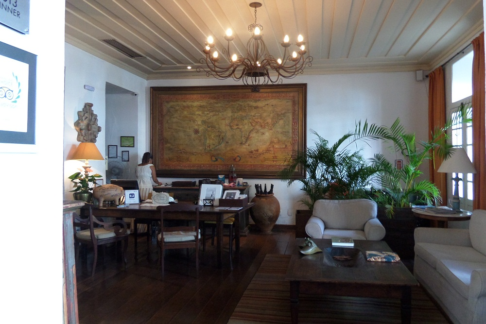 Salvador Hotel Villa Bahia reception and map
