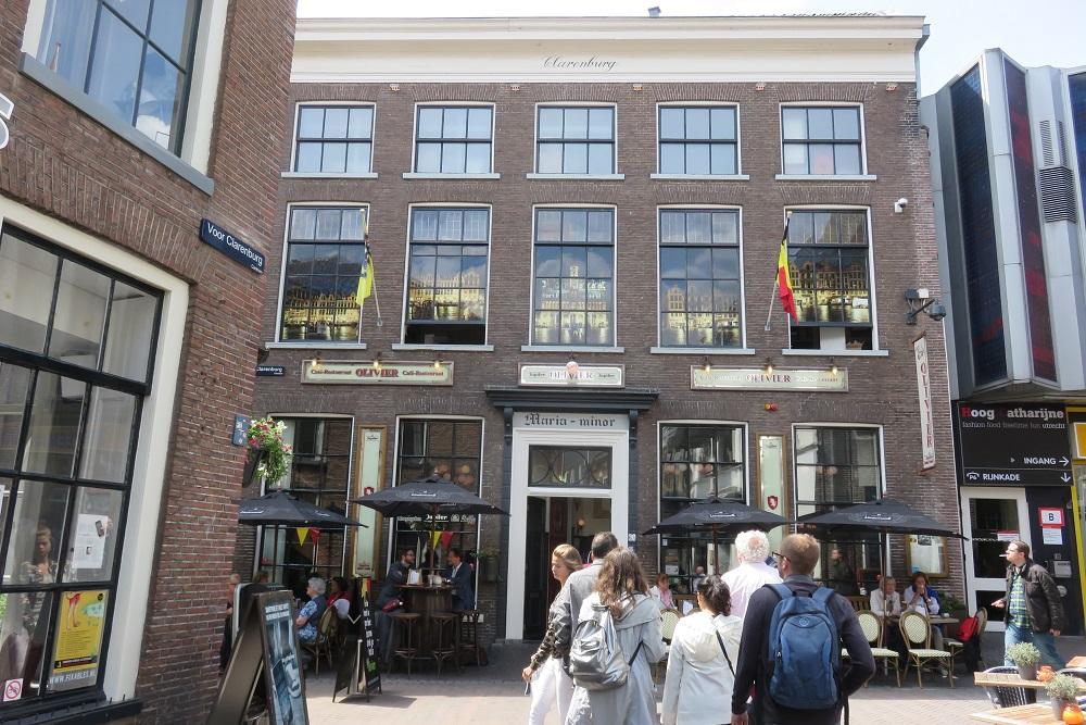 Utrecht pub grub Cafe Olivier external shot