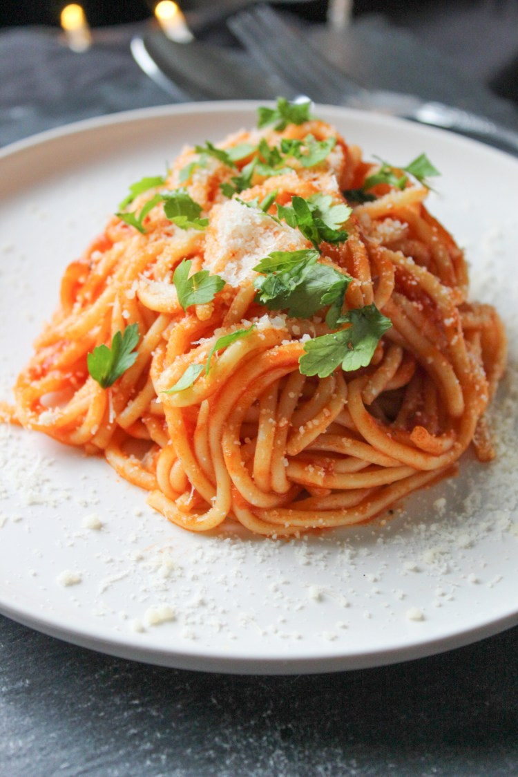 Spaghetti with homemade Oregano Tomato Sauce