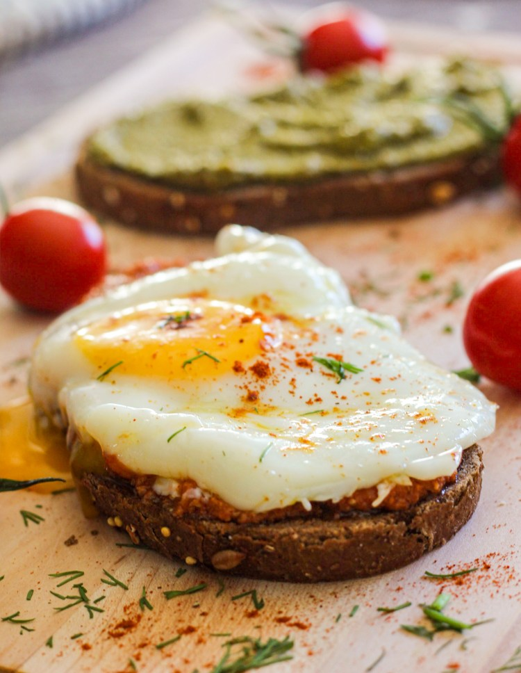 egg, bread, dill, tomatoes